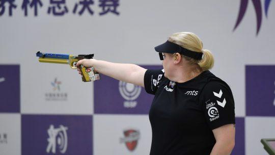 Ženska reprezentacija Srbije osvojila je zlatnu medalju u timskom takmičenju pištoljem poslednjeg dana Evropskog šampionata u Vroclavu.