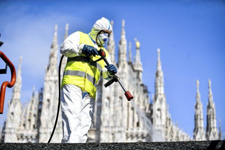 Milano Italija korona