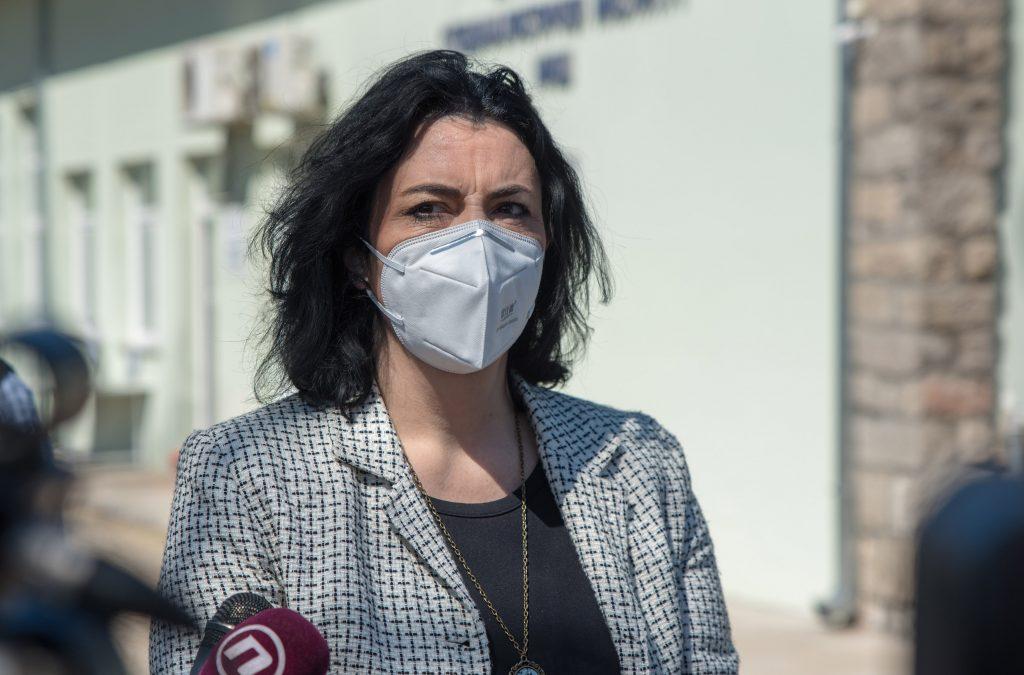 Kako je anketa zapalila Niš i izazvala rat u lokalnom SNS 1