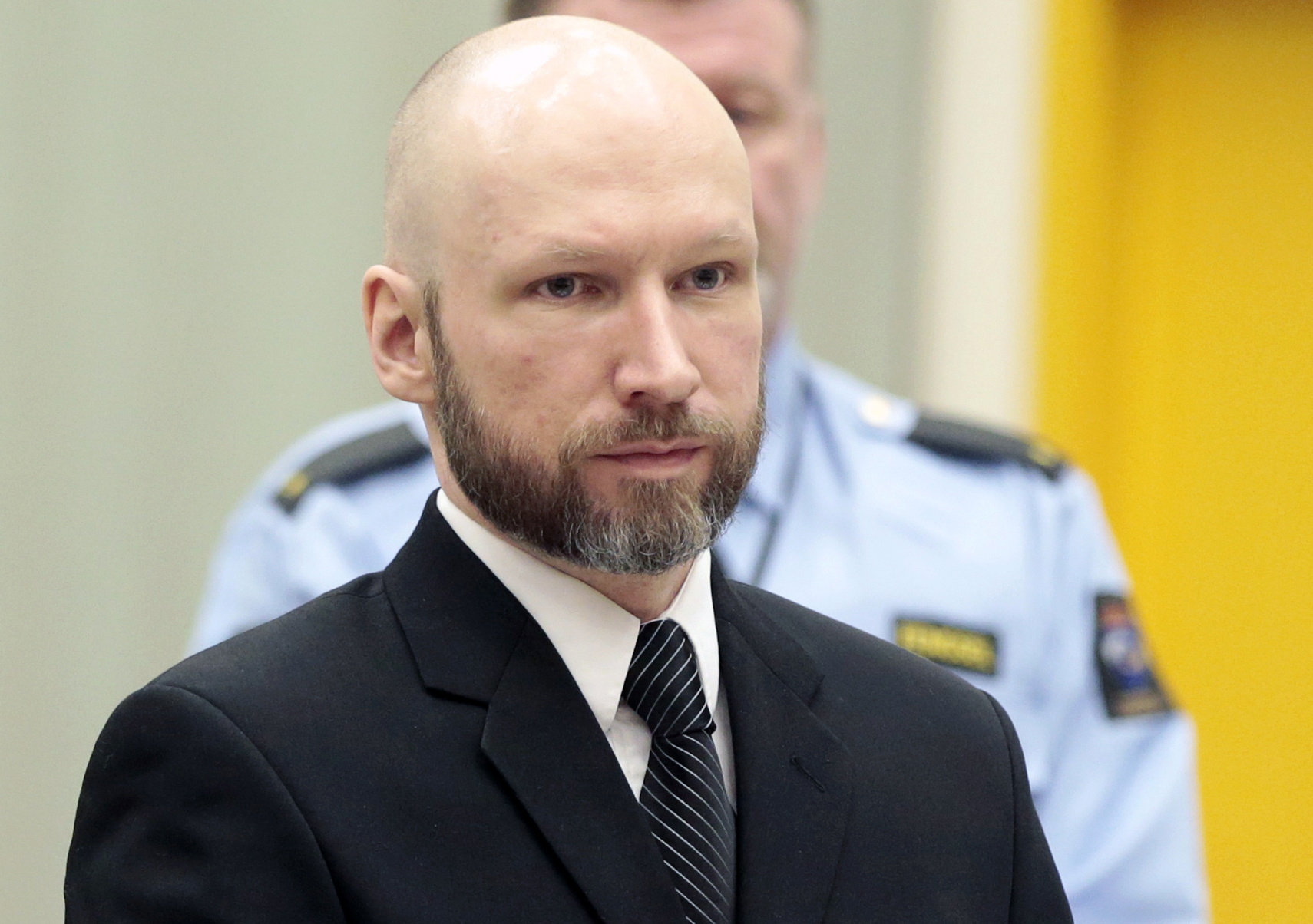 Anders Bering Brejvik, Utoja