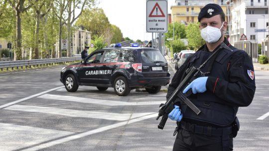 karabinjeri, italijanska policija, hapšenje