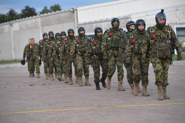 63. padobranska odbila naređenje da izađe na ulice Niša