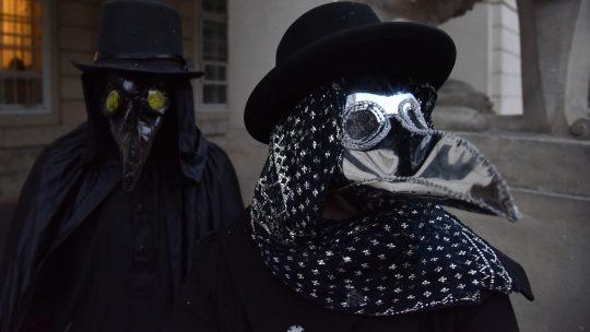 """Maska """"doktor za kugu"""""""