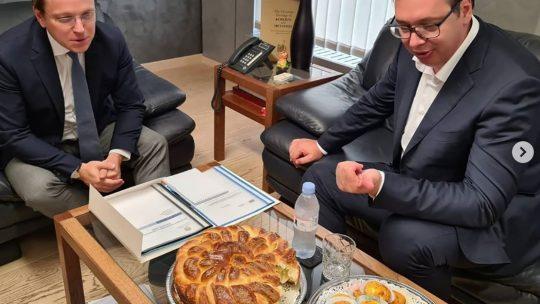 Aleksandar Vučić i Oliver Varhelji