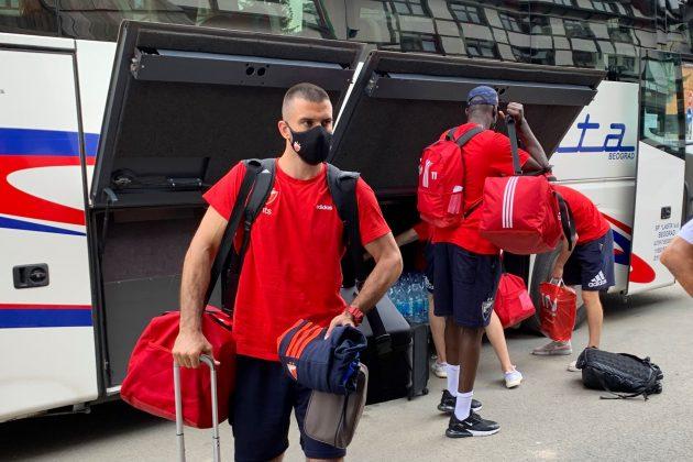 Košarkaši Crvene zvezde stigli su na Kopaonik i izabrali brojeve na dresu