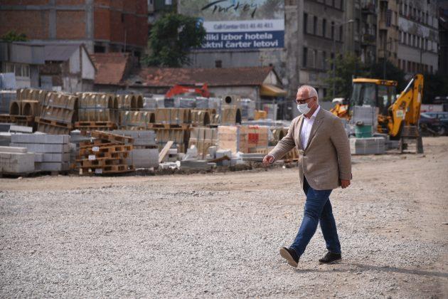 Goran Vesic pocetak postavljanja spomenika Stefanu Nemanji
