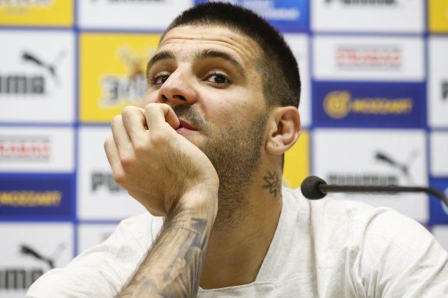 Aleksandar Mitrović i dalje nije siguran da li će igrati finale za Premijer ligu zbog povrede