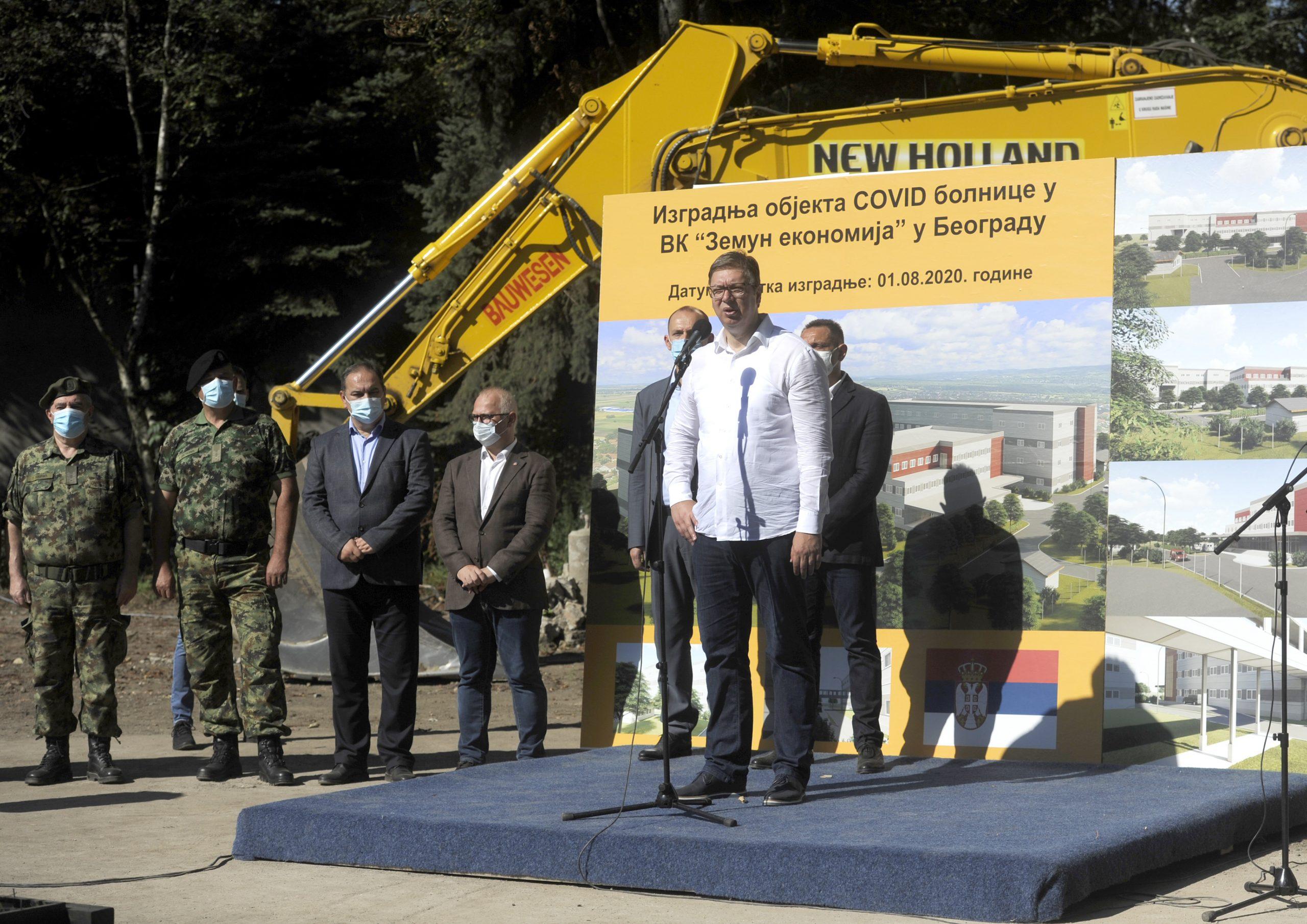 Aleksandar Vucic na polaganju kamena temeljca kovid bolnice