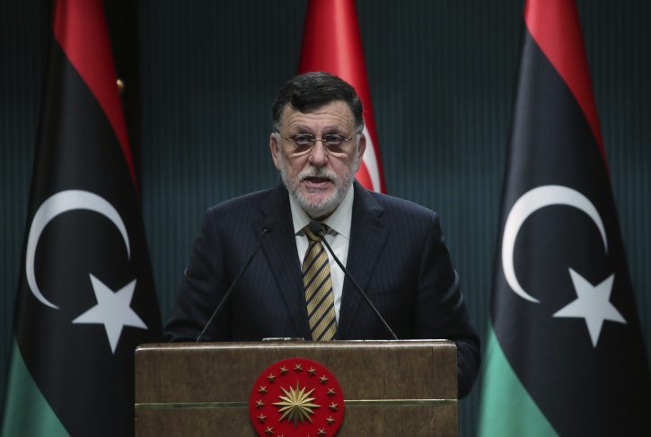 Fajezal Saradž, Libija