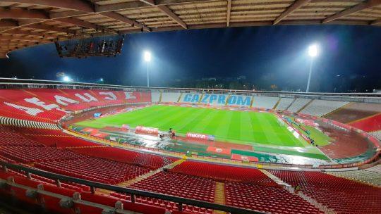 Stadion Rajko Mitić prazan noću
