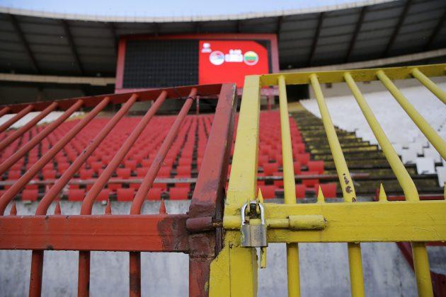zaključane tribine stadiona Crvene zvezde