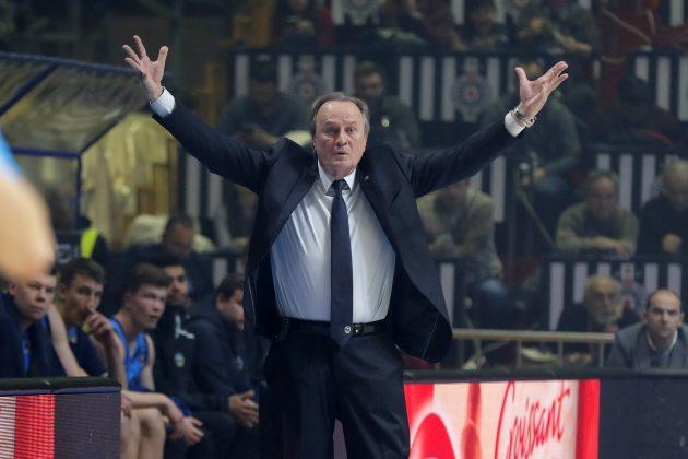 Aito Garsija Reneses ostaje trener Albe iako ima 73 godine