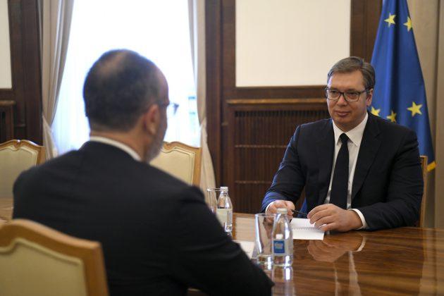 Aleksandar Vucic i Sem Fabrici