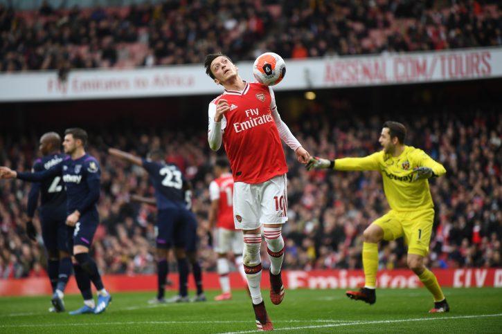 Arsenal ne zna šta će sa Mesutom Ozilom