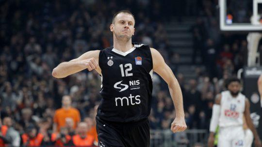 Novica Veličković ostaje u Partizanu i predstojeće sezone
