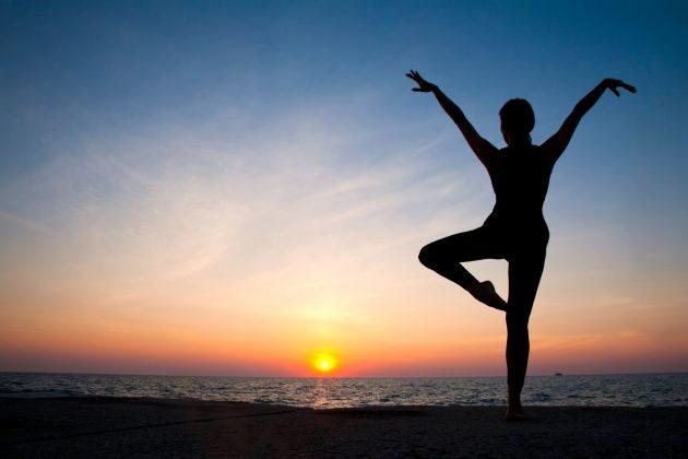 vežbanje; joga