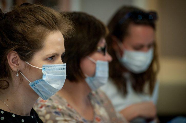 koronavirus; maske