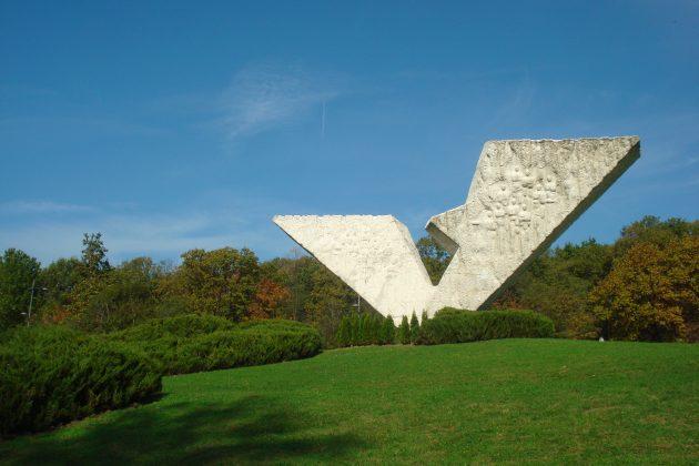 Šumarice spomenik