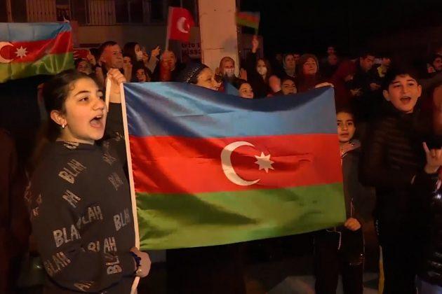 """Azeri slave na ulicama: """"Karabah je naš"""""""