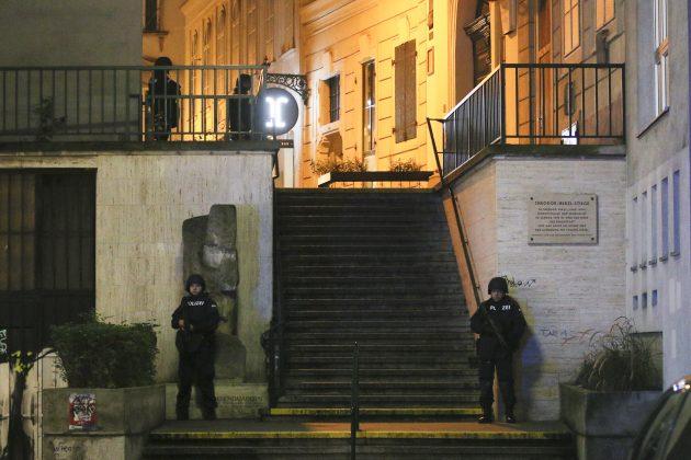 Policija ispred sinagoge u Beču