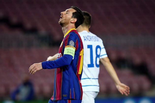 Barseloni preti bankrot zbog dugovanja