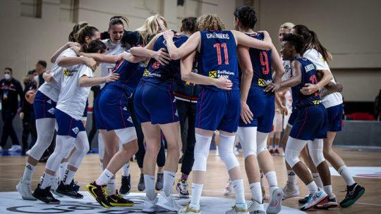 Košarkašice Srbije slave pobedu
