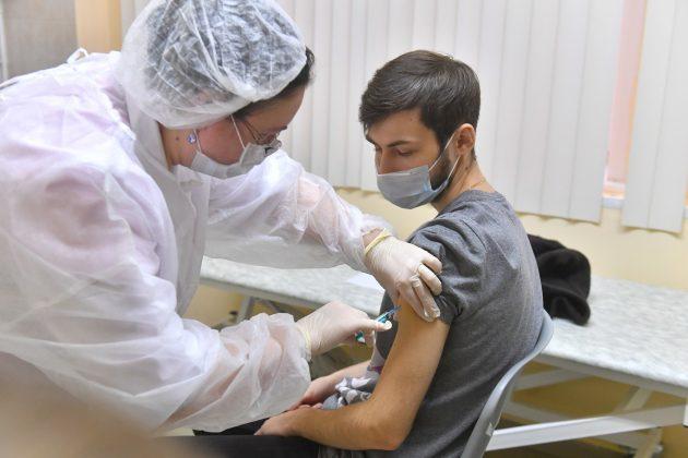 Vakcinacija protiv koronavirusa u Rusiji