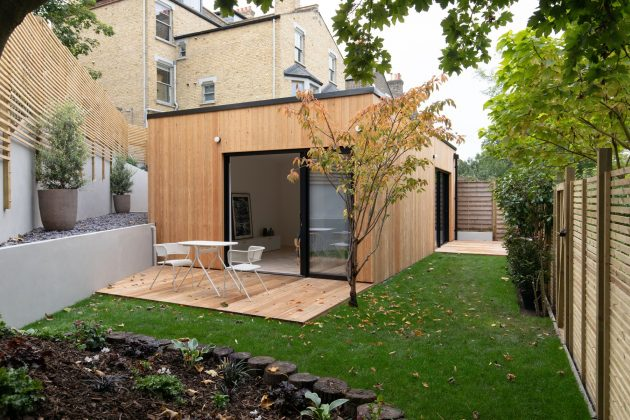 mala kuća na prodaju