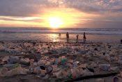 Ostrvo Bali smeće