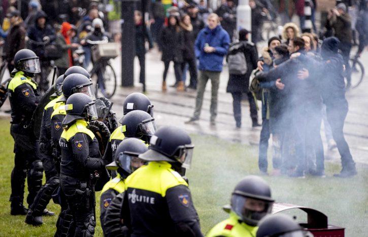protesti holandija