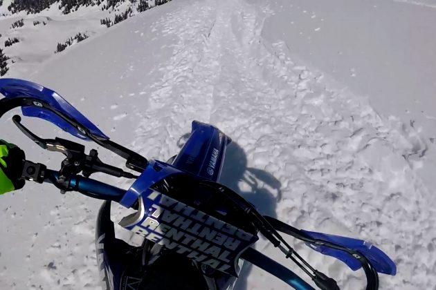 Filmski skok skijama od kog će vam se zavrteti u glavi