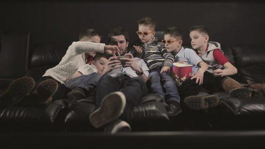 Zašto je deci bliži jutjub od televizije