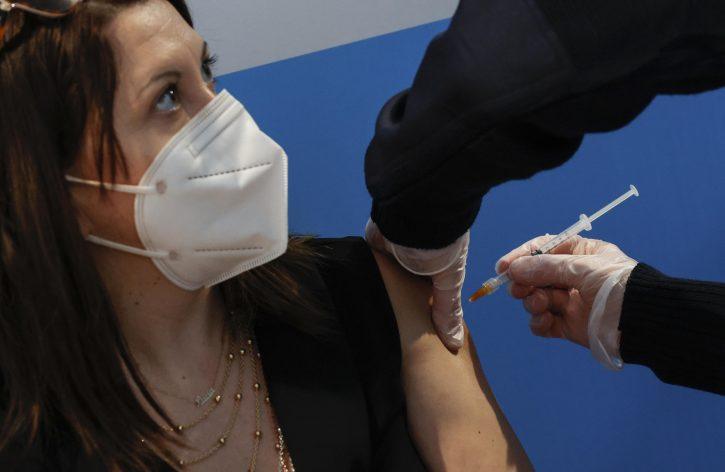 vakcina korona štitna žlezda