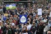 Ekološki ustanak ispred Skupštine