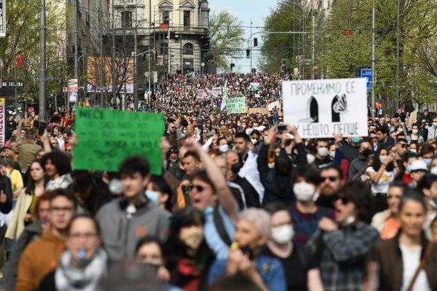 Ekološki ustanak ispred Skupštine, šetnja