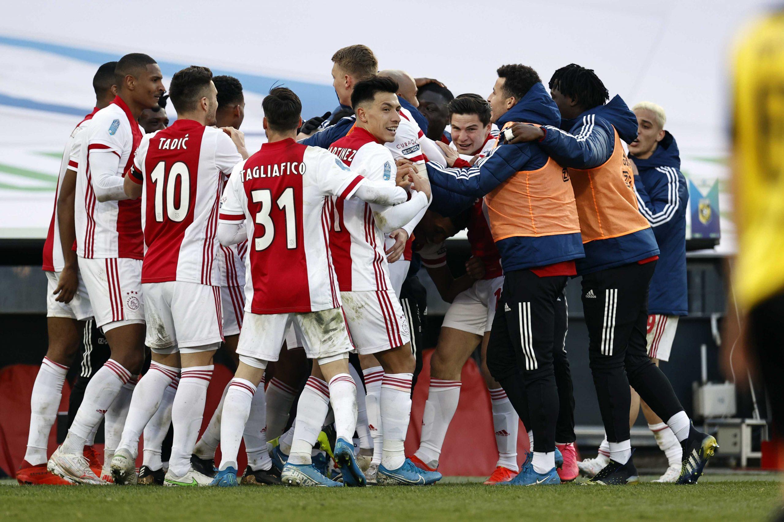 Slavlje fudbalera Ajaksa nakon osvajanja Kupa Holandije