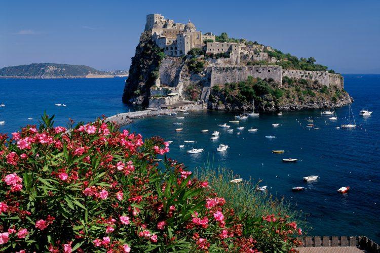 Iskija, Italija