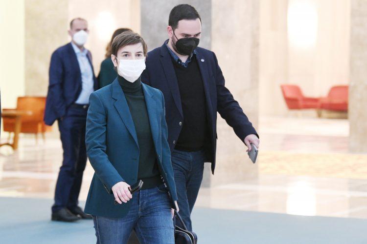 Ana Brnabić, krizni štab