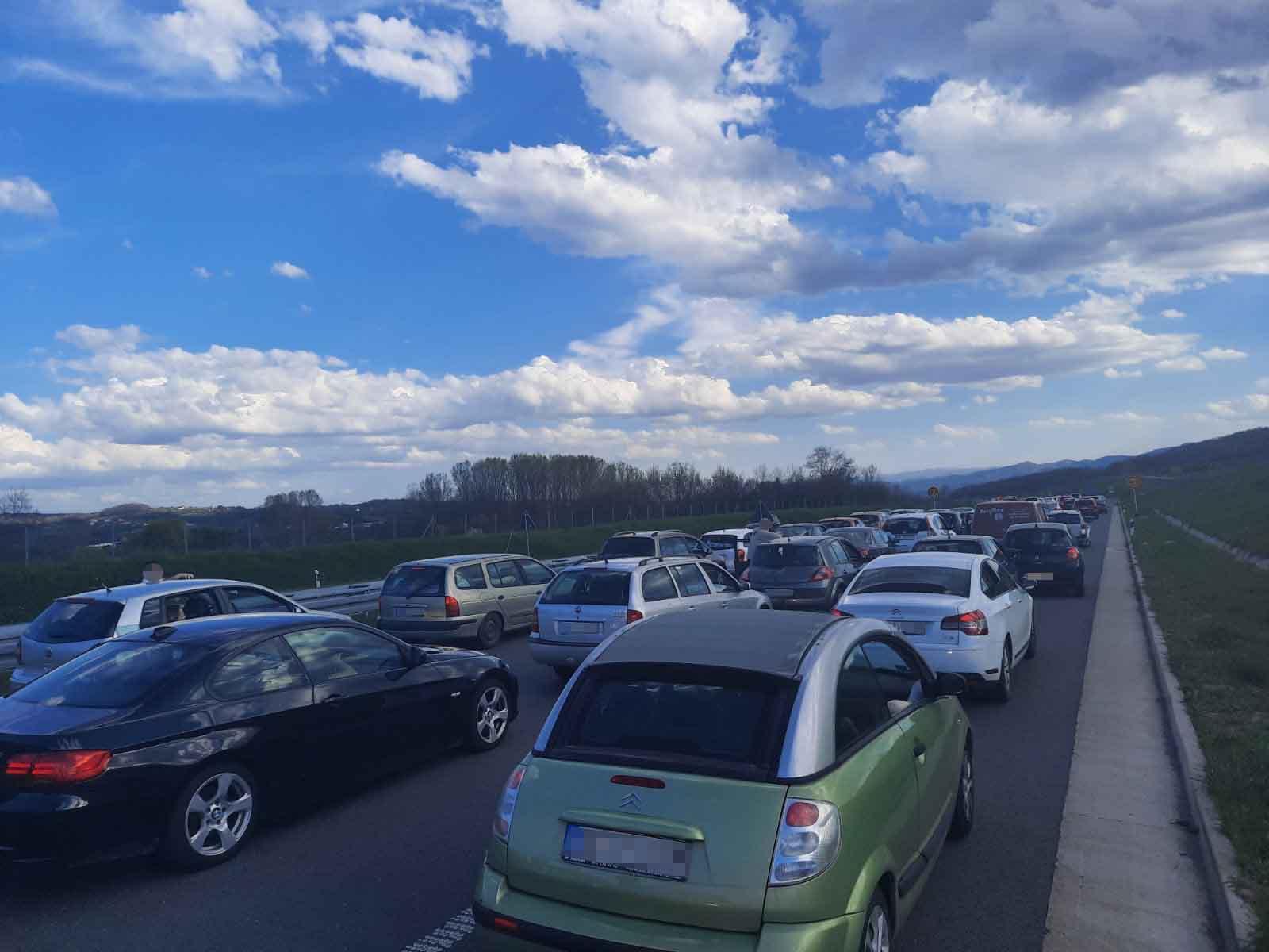 Auto-put Miloš Veliki, gužva, kolona, zastoj