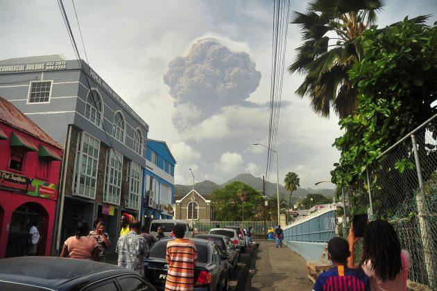 Erupcija, vulkan, ostrvo Sveti Vinsent, vulkan Sufrijer