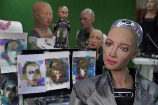 Sofija robot umetnica