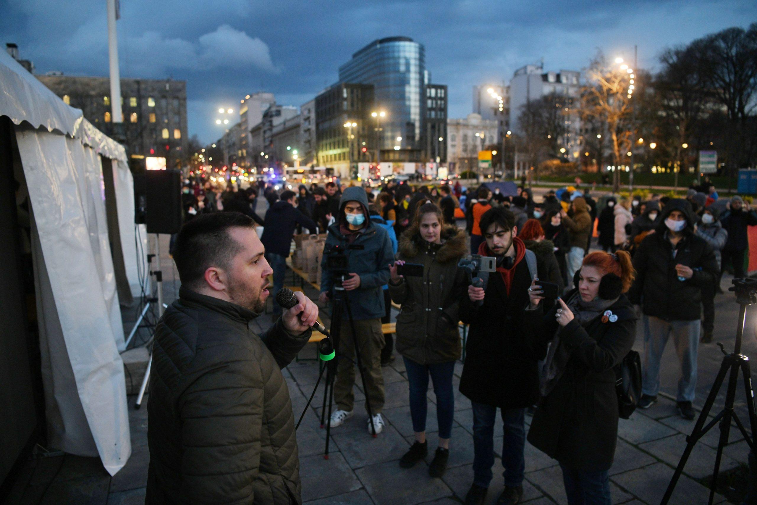 Miran Pogačar, Protest, frilenseri, Skupština Srbije, šatori
