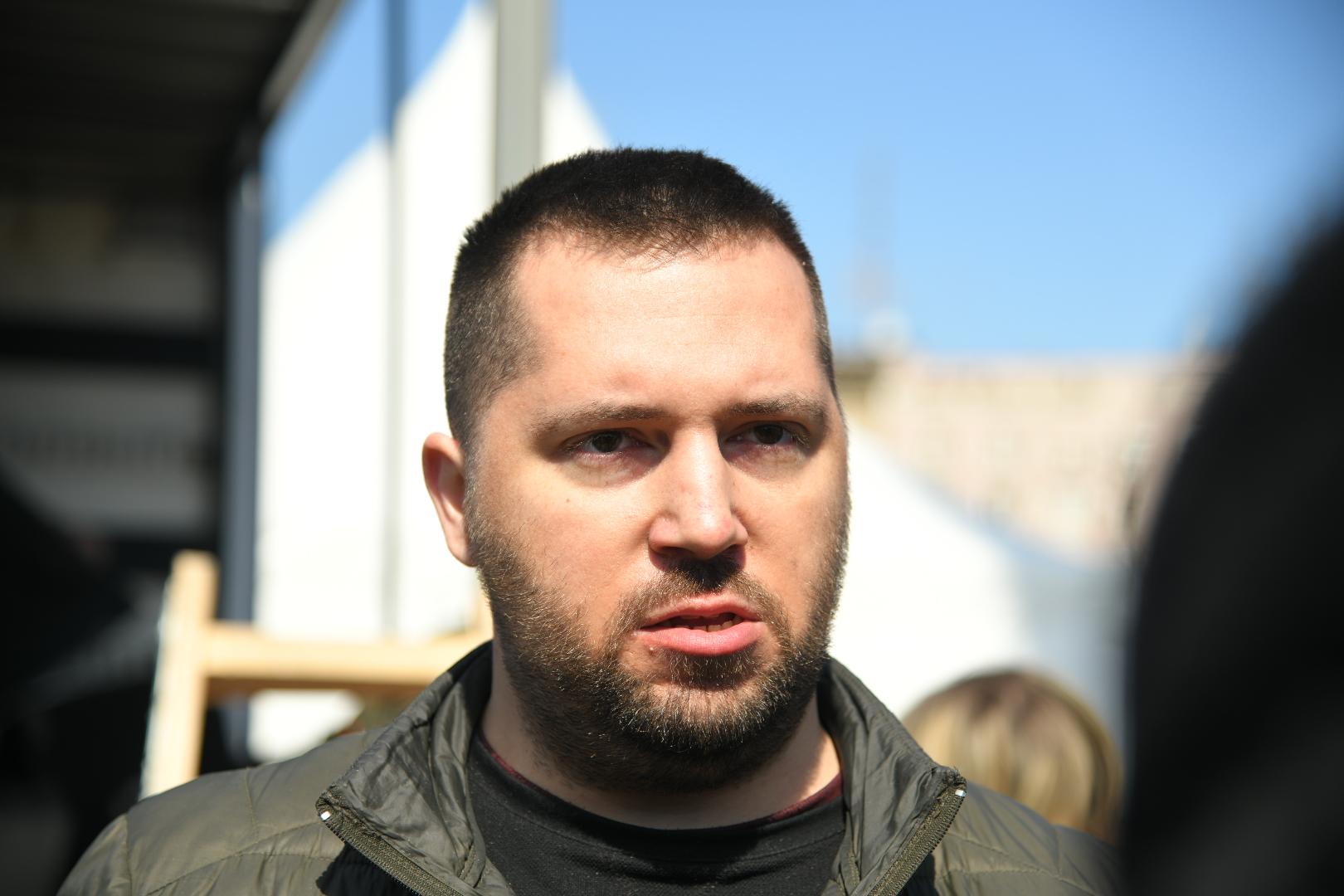 Miran Pogačar , Protest frilensera