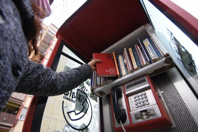 Biblioteka govornica u znak secanja na bombardovanje biblioteke u Beogradu