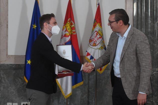 Stefan Milenković i Aleksandar Vučić orden