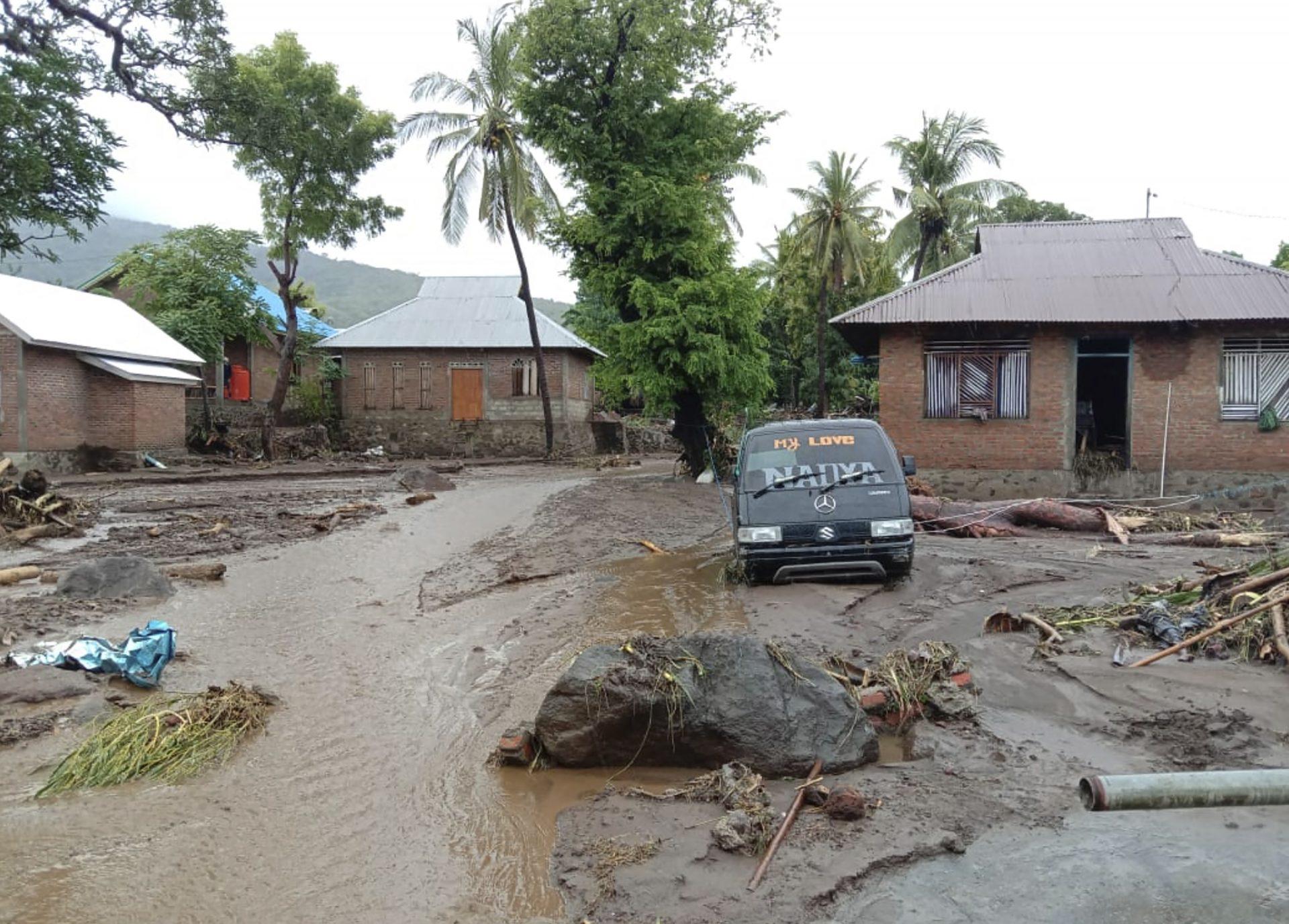 Indonezija poplave