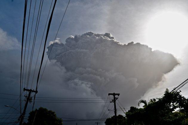 Vulkan erupcija Sent Vinsent
