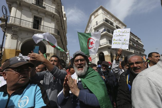Alzir protest