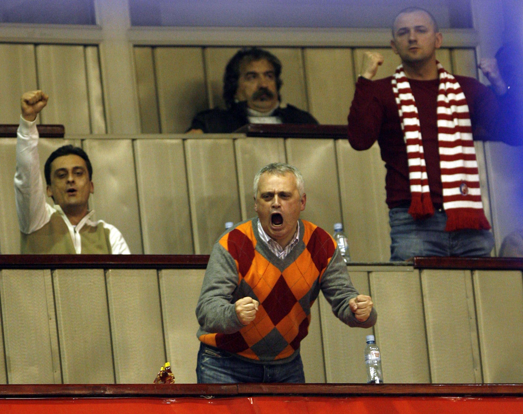 Goran Vesić na utakmici KK Crvena zvezda