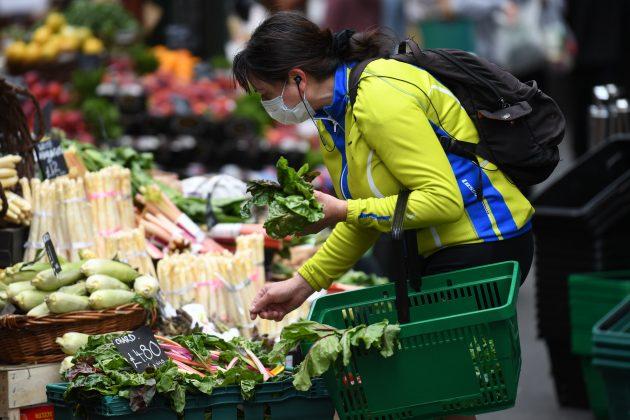 supermarket; prodavnica; povrće; namirnice